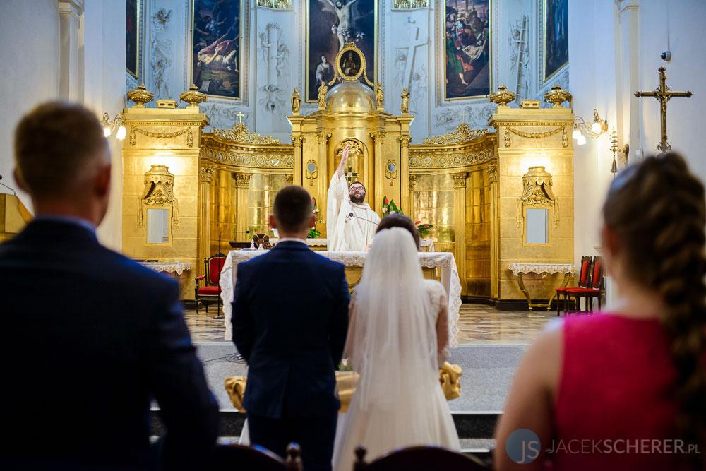 fotograf slubny lublin 14 - Magda i Mateusz | Klasztor Ojców Dominikanów