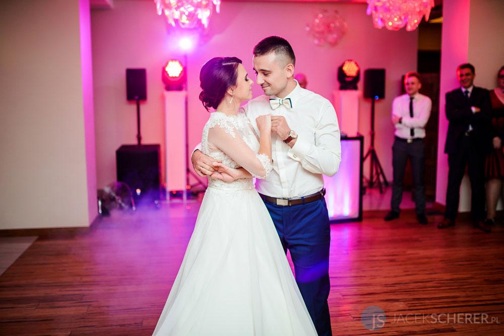 fotograf slubny lublin 28 - Magda i Mateusz | Klasztor Ojców Dominikanów