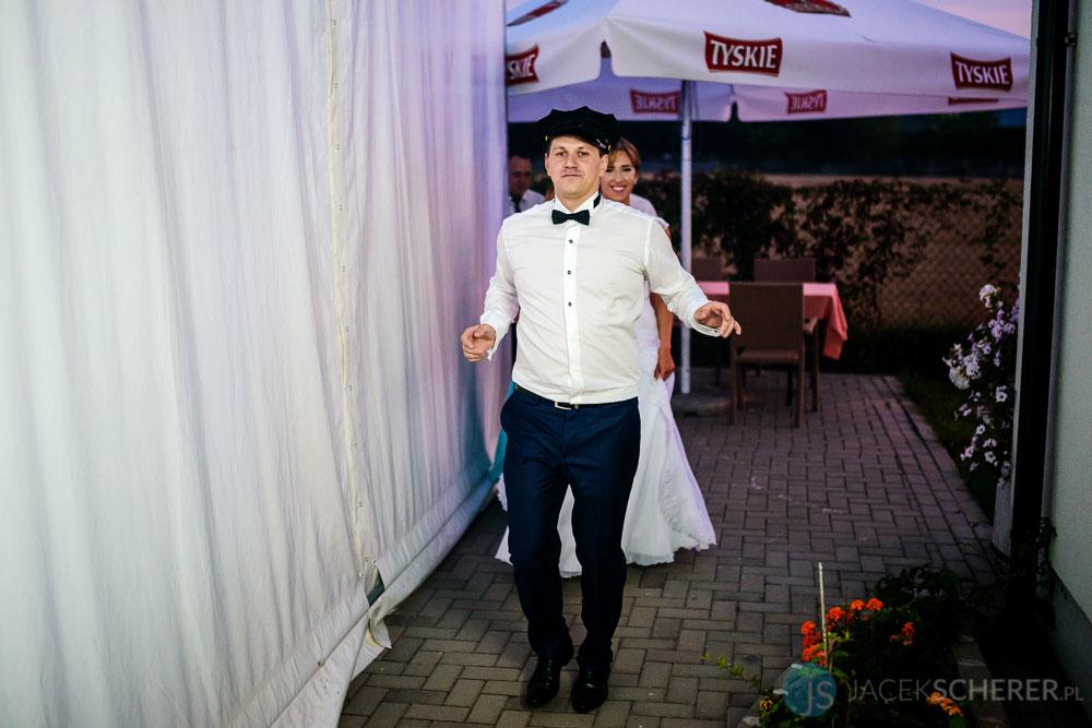fotograf slubny lublin 056 1 - Gosia i Łukasz | Mumlavský vodopád